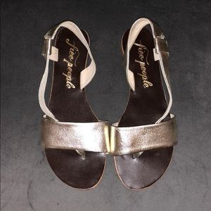 Free People gold flats- size 7